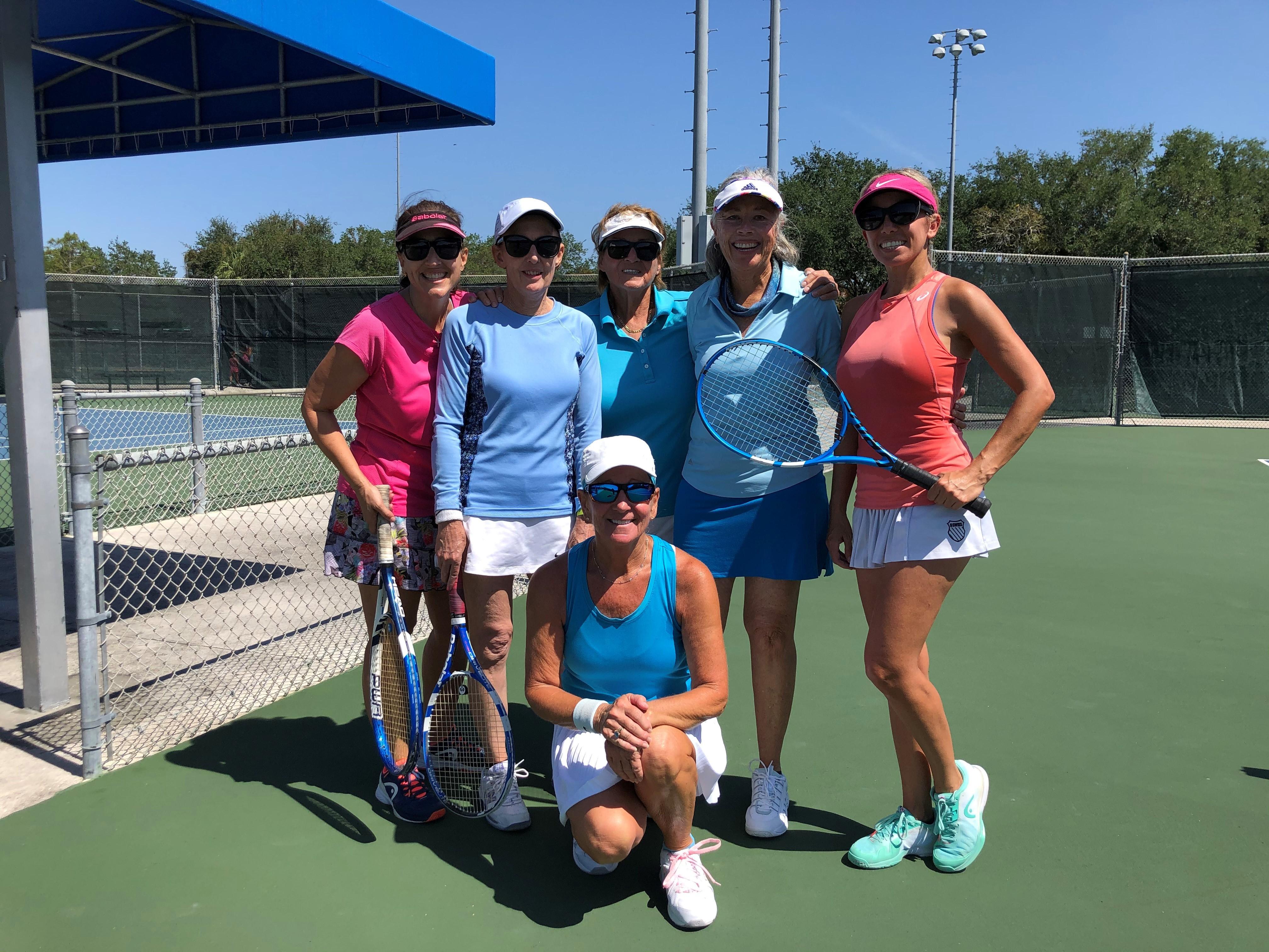 5 Team ladies standing